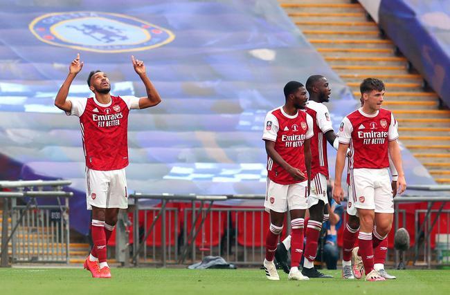 足总杯-奥巴梅扬双响逆转 阿森纳2-1胜切尔西夺冠
