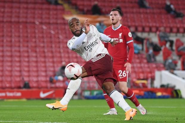 英超-拉卡泽特破门却遭逆转 阿森纳客场1-3负利物浦
