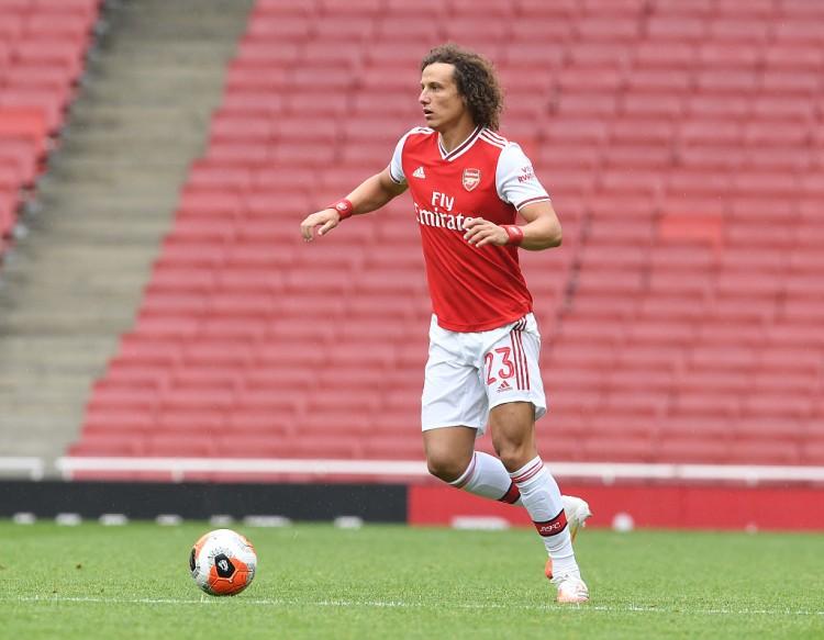 官方:大卫-路易斯右膝不适无缘出战利物浦,威廉可以登场